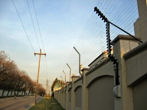 electric-fence-on-wall
